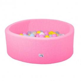 Piscina de bolinha rosa